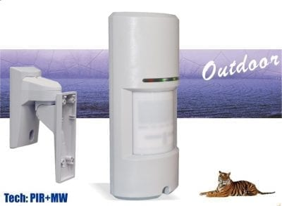 Outdoor dual tech detector